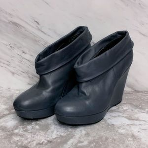 Kelsi Dagger Leather Wilma Booties Size 7.5